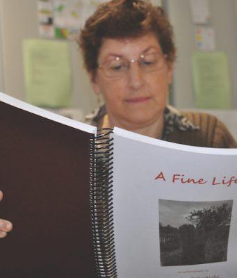 Chris Broncinetti (BM Hist. Soc) reads the life of Kelvin Edwards Photo – Helen Tatchell