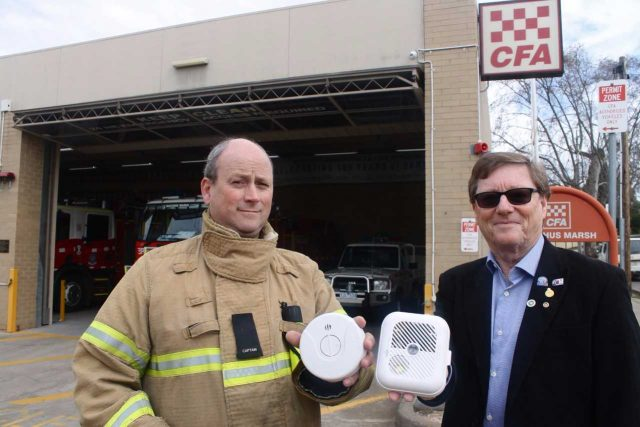 Bacchus Marsh Fire Brigade Captain Phil Clayden and Bacchus Marsh Rotary President Phil McBean Photo – Jessica Howard