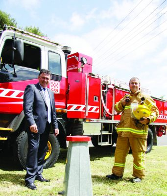 Managing Director (WW) Neil Brennan (left) with WW staff member and CFA member Neil Smith. Photo - WW